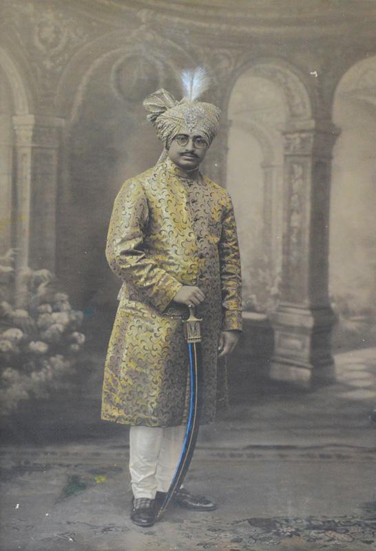 Malek Kamalkhan Jivankhan